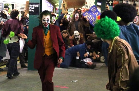 Joaquin Phoenix as the Joker rallying against Thomas Wayne | Sausage Roll
