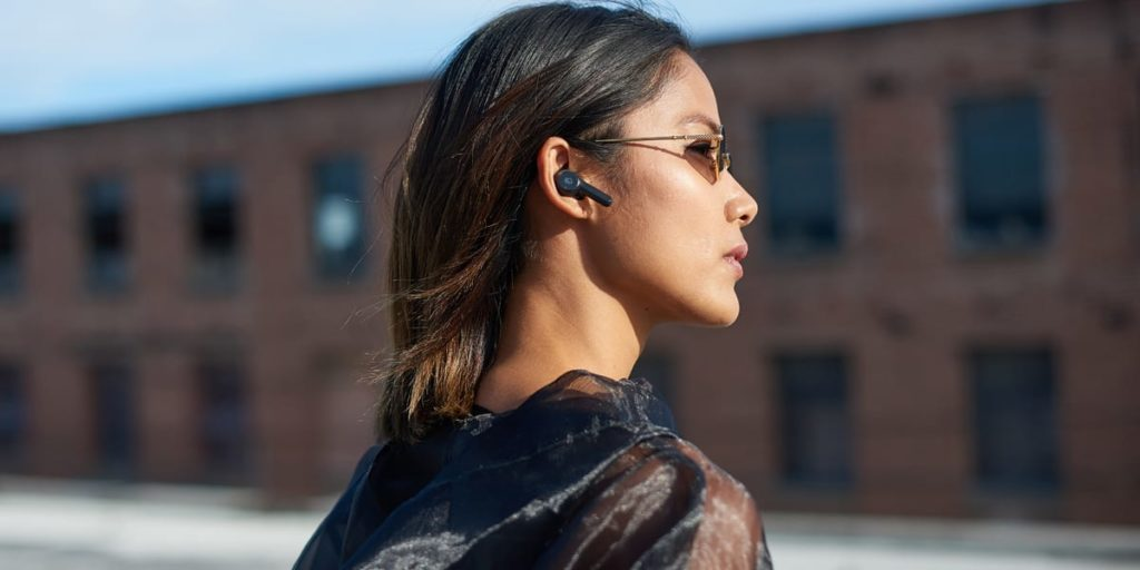 Stylish and discreet wireless earbuds | Sausage Roll