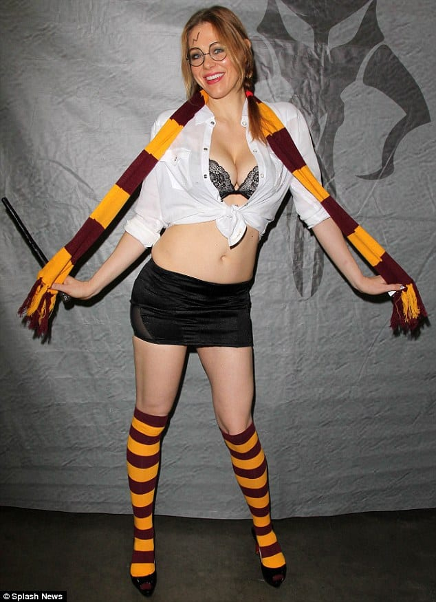Boy Meets World actress cosplay as Harry Potter
