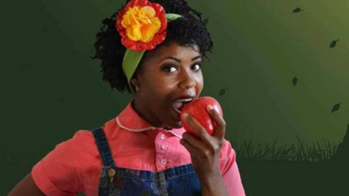 Snow White is black in this very cringe-worthy children's play
