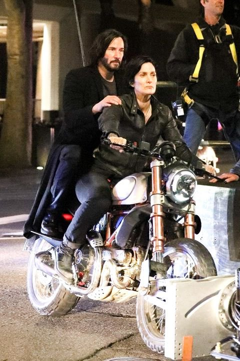 Keanu Reeves and Carrie-Anne Moss The Matrix 4