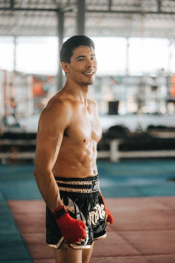Lewis Tan boxing